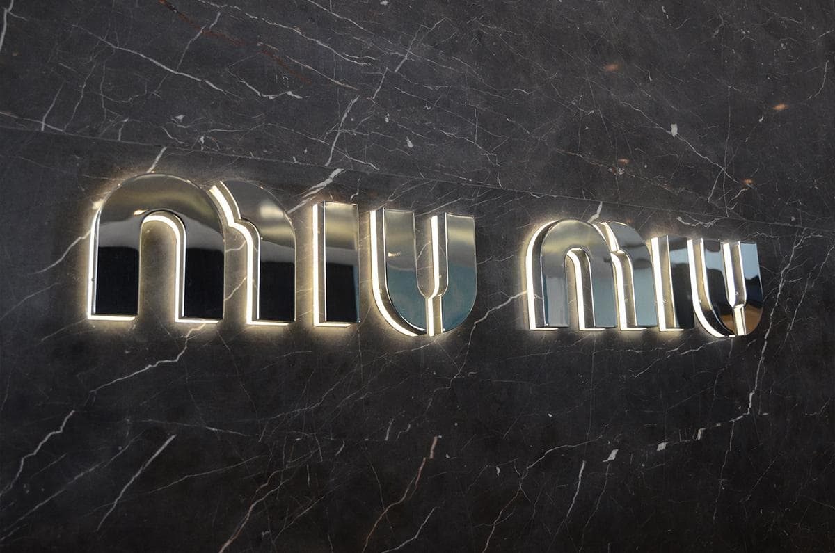 Luxury model LED backlit letters wall signs
