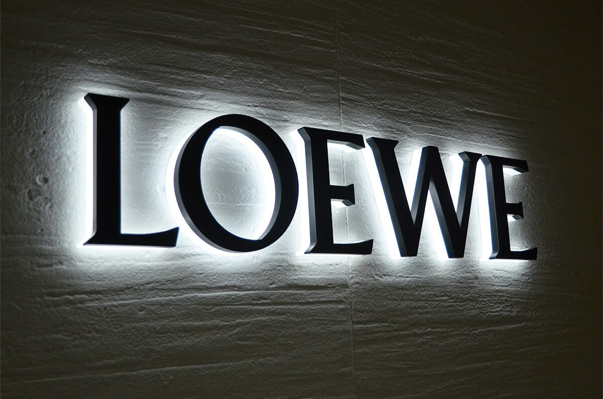 LED backlit lobby signs